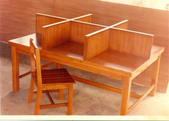 Library Reading Table And Chairs